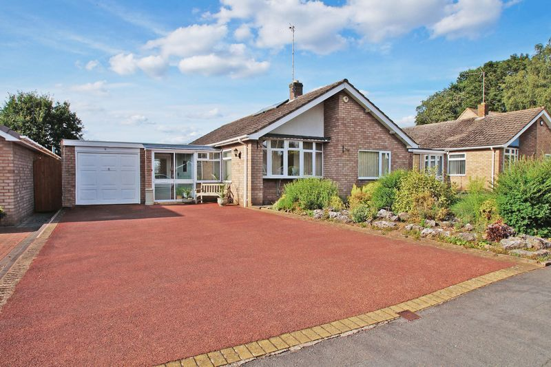 3 bed bungalow for sale in Love Lane 1