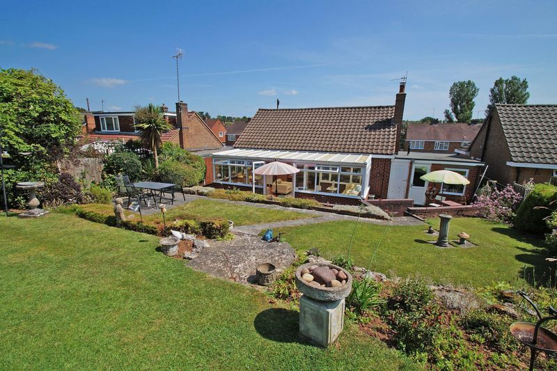 2 bed bungalow for sale in Tennyson Road  - Property Image 13