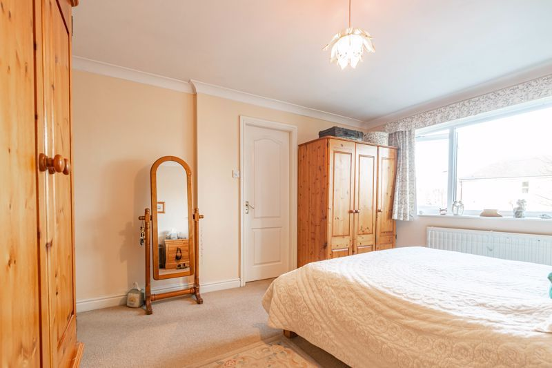 4 bed house for sale in Worcester Street 13