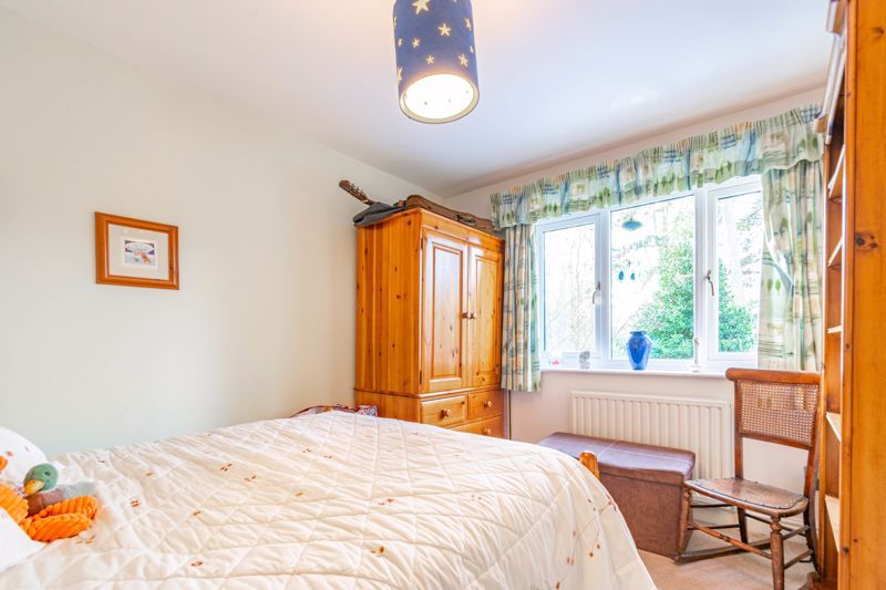 4 bed house for sale in Worcester Street 15