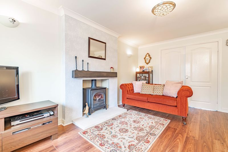 4 bed house for sale in Worcester Street  - Property Image 3