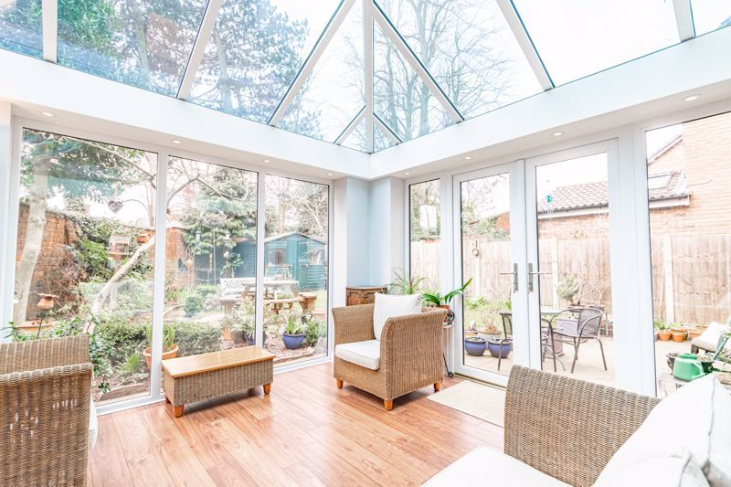 4 bed house for sale in Worcester Street 7