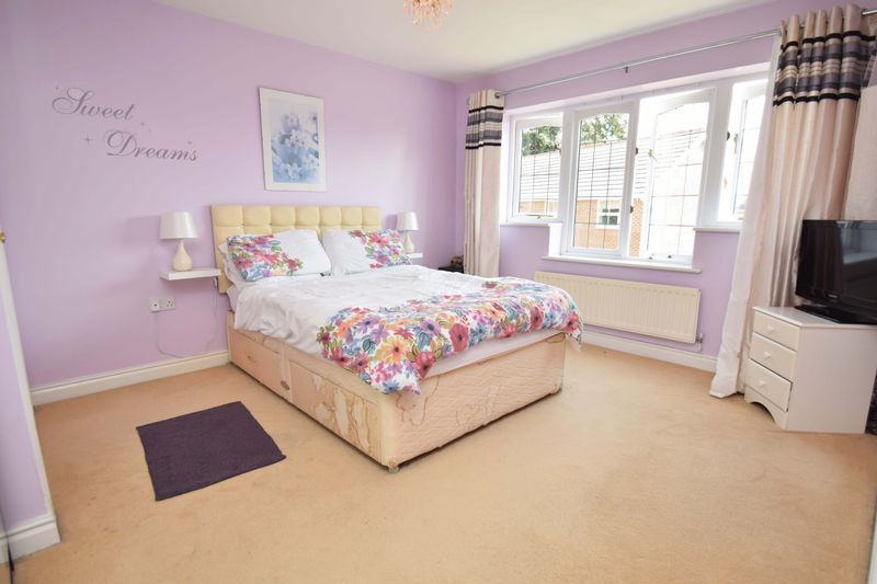 5 bed house for sale in Feckenham Road  - Property Image 6