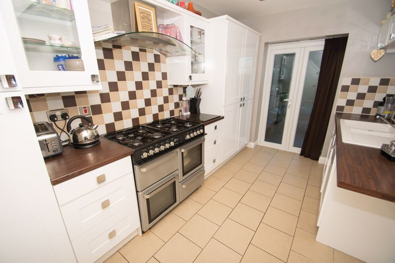 3 bed house for sale in Birchfield Road  - Property Image 5