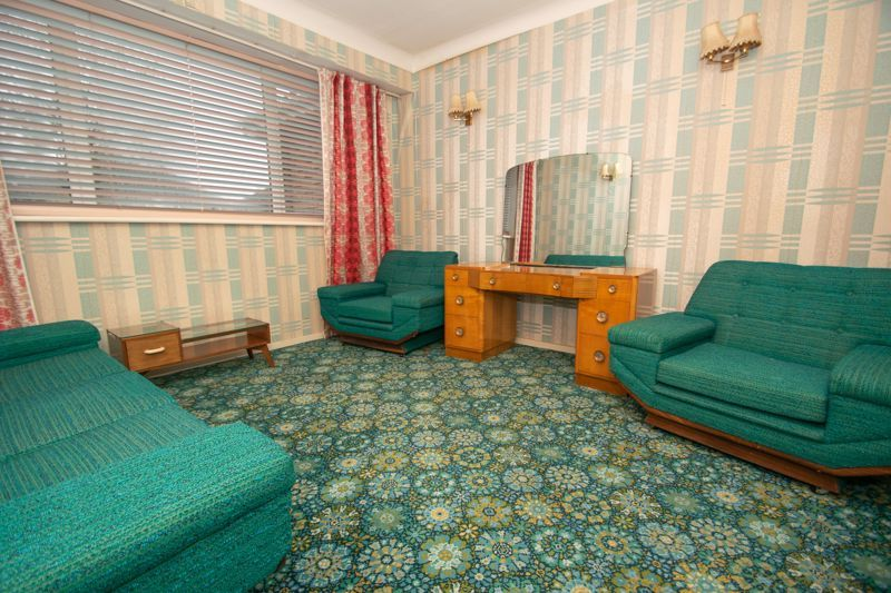 3 bed bungalow for sale in Lychgate Avenue  - Property Image 2