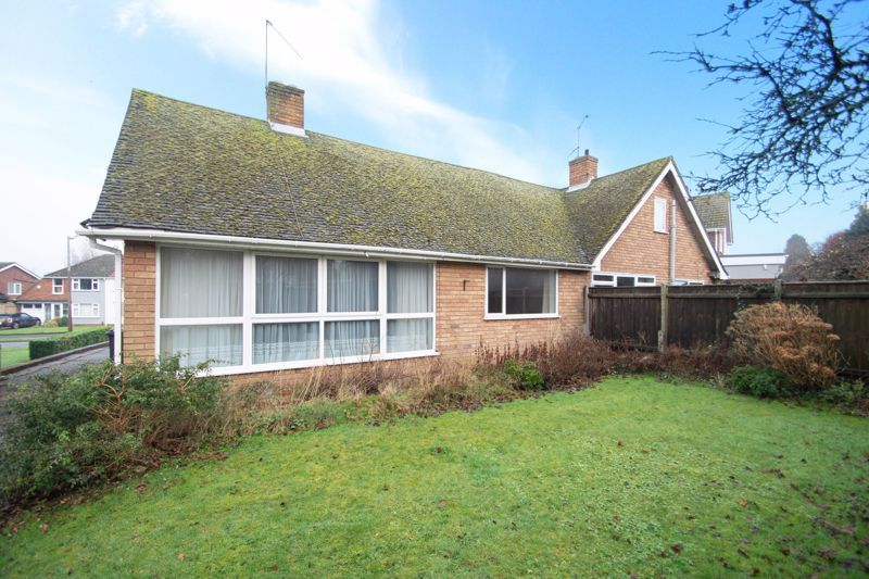 3 bed bungalow for sale in Lychgate Avenue  - Property Image 13