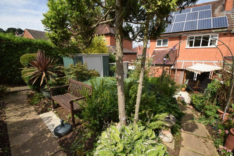 3 bed house for sale in Vicarage Crescent 17