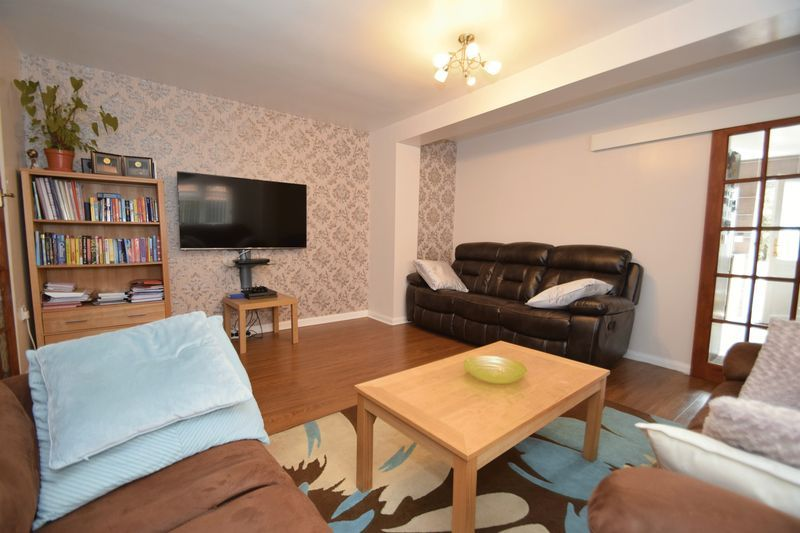 3 bed house for sale in Cemetery Road  - Property Image 5