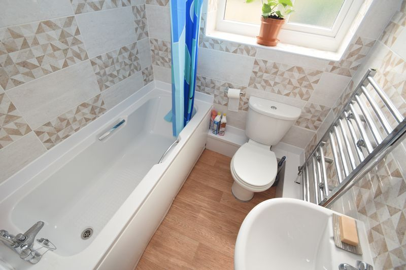 3 bed house for sale in Cemetery Road  - Property Image 7