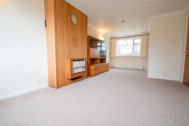 3 bed house for sale in Walker Avenue 5
