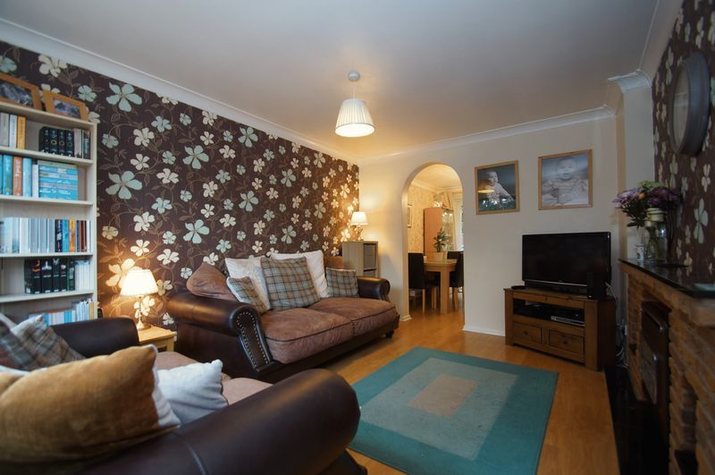 3 bed house for sale in Bascote Close 4