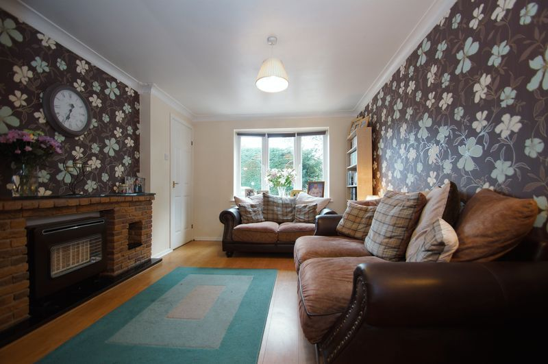 3 bed house for sale in Bascote Close 5