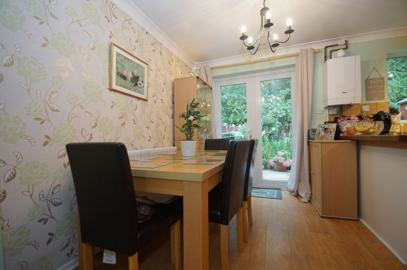 3 bed house for sale in Bascote Close 6