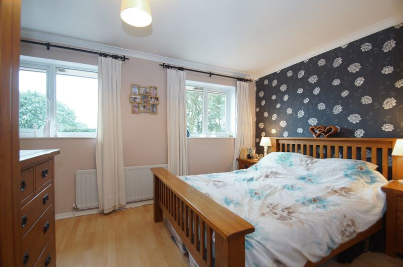 3 bed house for sale in Bascote Close 10