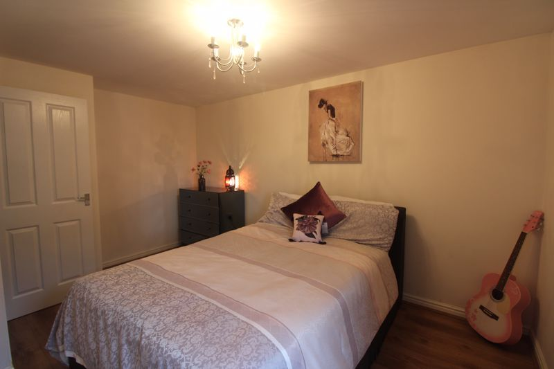 4 bed house for sale in Dixon Close  - Property Image 17