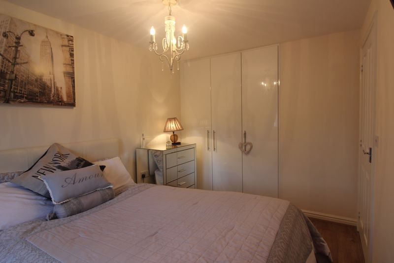 4 bed house for sale in Dixon Close  - Property Image 20