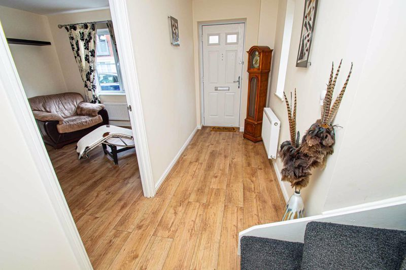 4 bed house for sale in Dixon Close  - Property Image 8