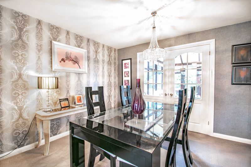 4 bed house for sale in Helmsley Close 15