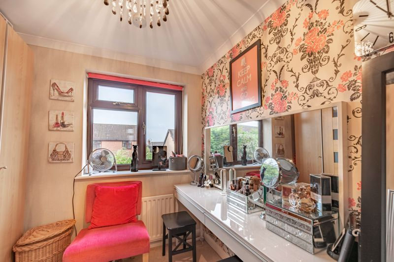 4 bed house for sale in Helmsley Close  - Property Image 16