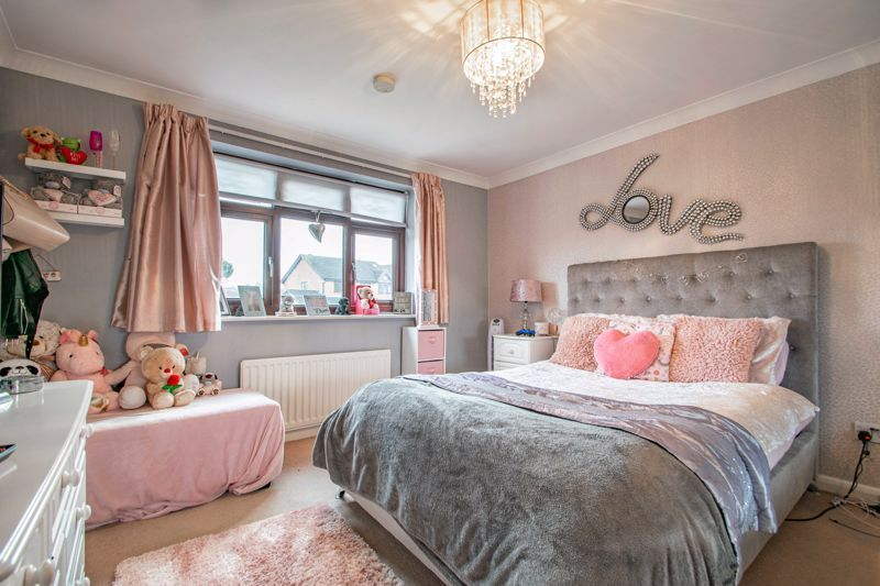 4 bed house for sale in Helmsley Close  - Property Image 10