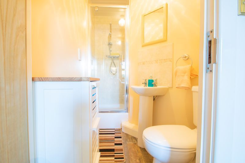 2 bed flat for sale in Camellia Gardens  - Property Image 12