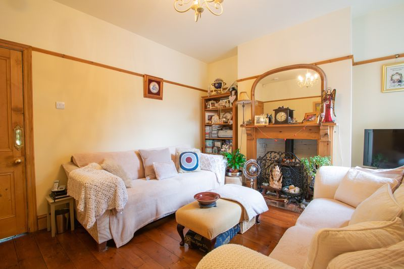 4 bed house for sale in Clark Street  - Property Image 16