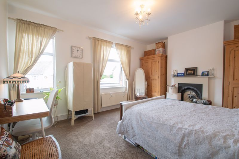 4 bed house for sale in Clark Street  - Property Image 20