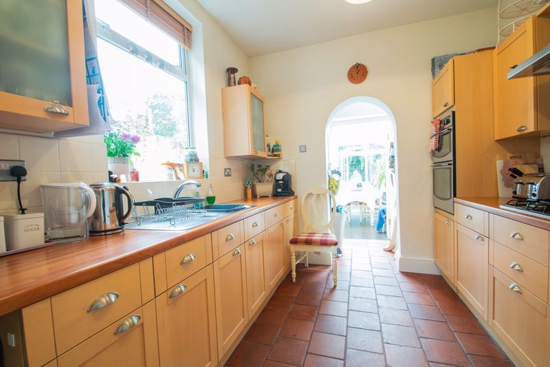 4 bed house for sale in Clark Street 5