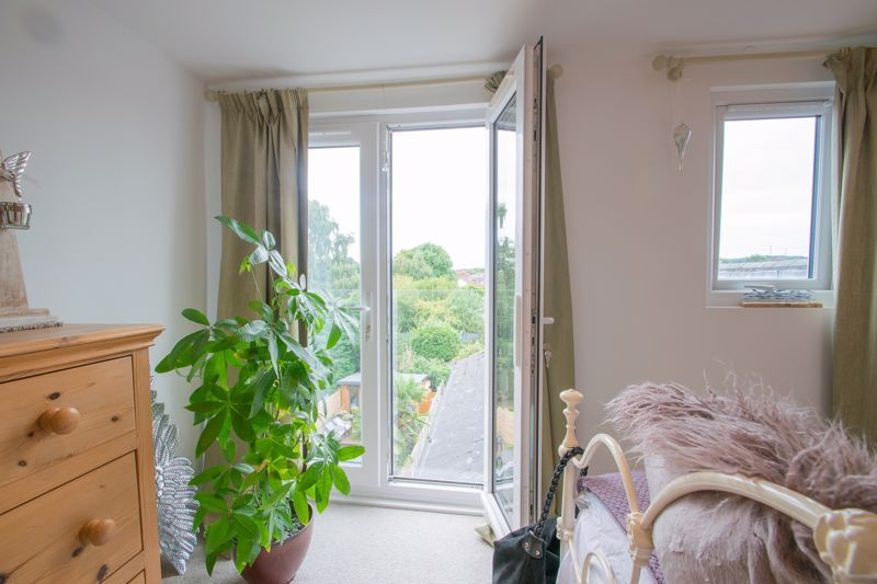 4 bed house for sale in Clark Street  - Property Image 7