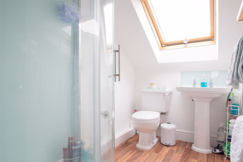 4 bed house for sale in Clark Street  - Property Image 8