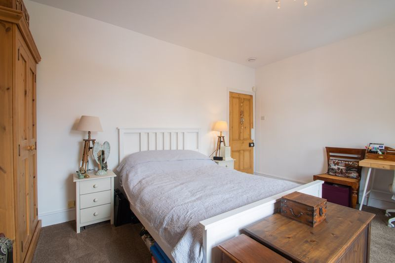4 bed house for sale in Clark Street  - Property Image 9