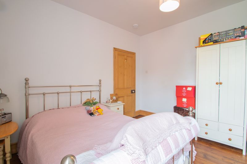 4 bed house for sale in Clark Street  - Property Image 10