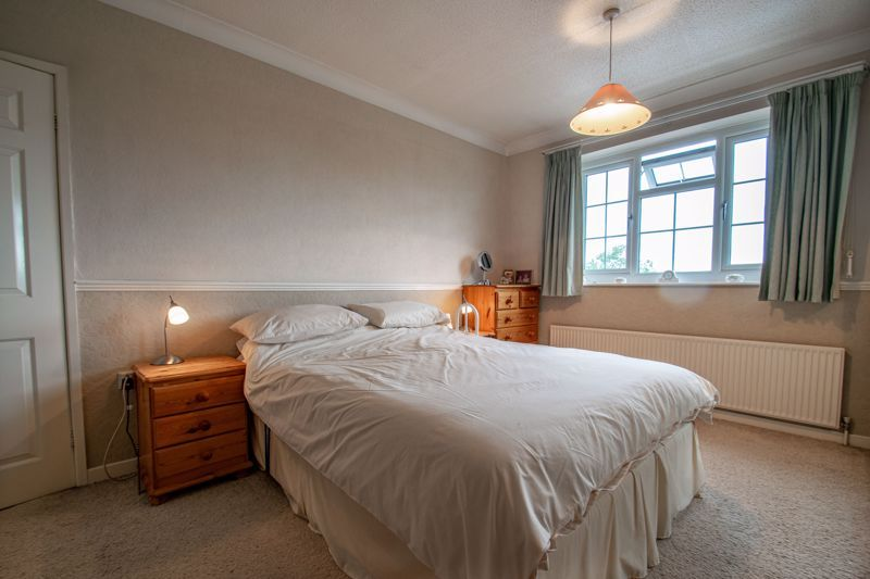 4 bed house for sale in The Ridgeway 14