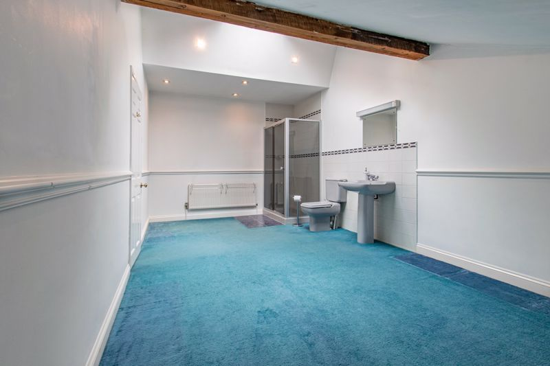 4 bed house for sale in The Ridgeway 17