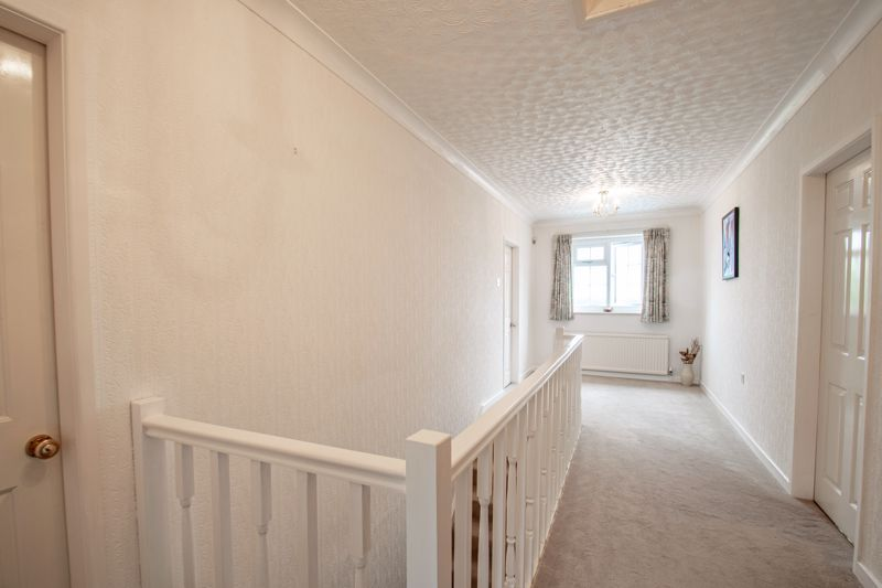 4 bed house for sale in The Ridgeway 18