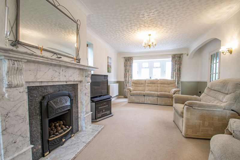 4 bed house for sale in The Ridgeway  - Property Image 3