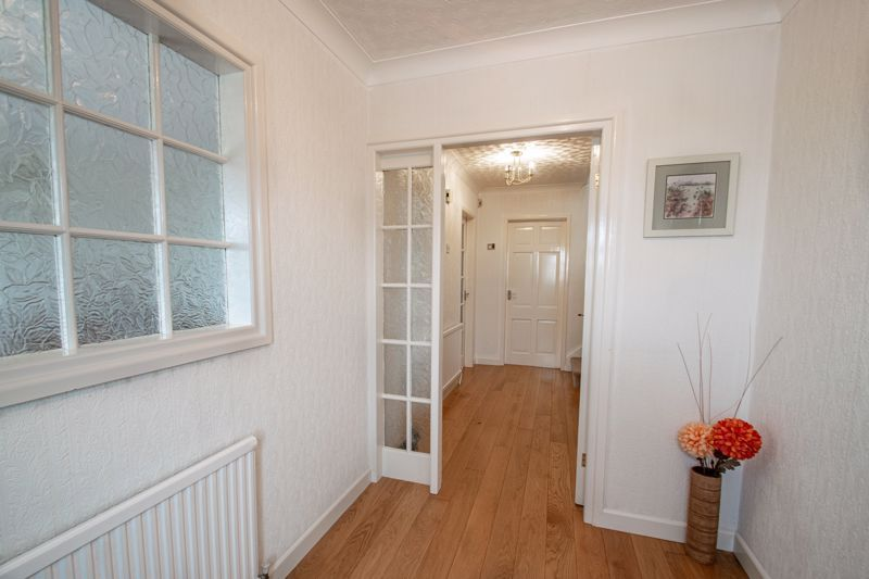 4 bed house for sale in The Ridgeway 6