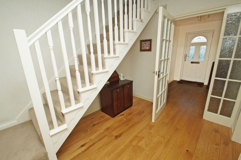 4 bed house for sale in The Ridgeway 7