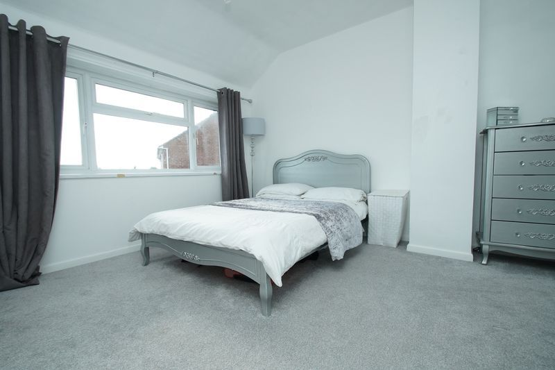 3 bed house for sale in Harport Road 6