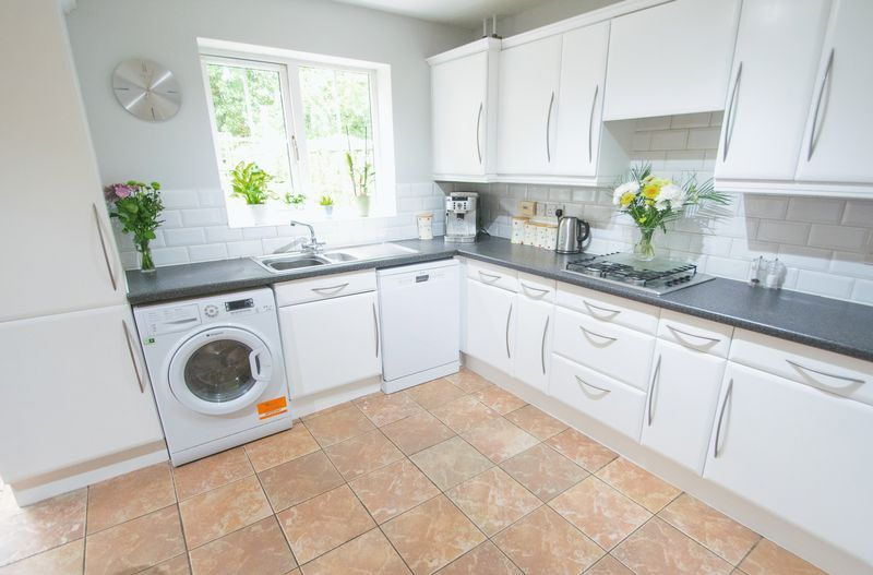 4 bed house for sale in Mallow Drive 4