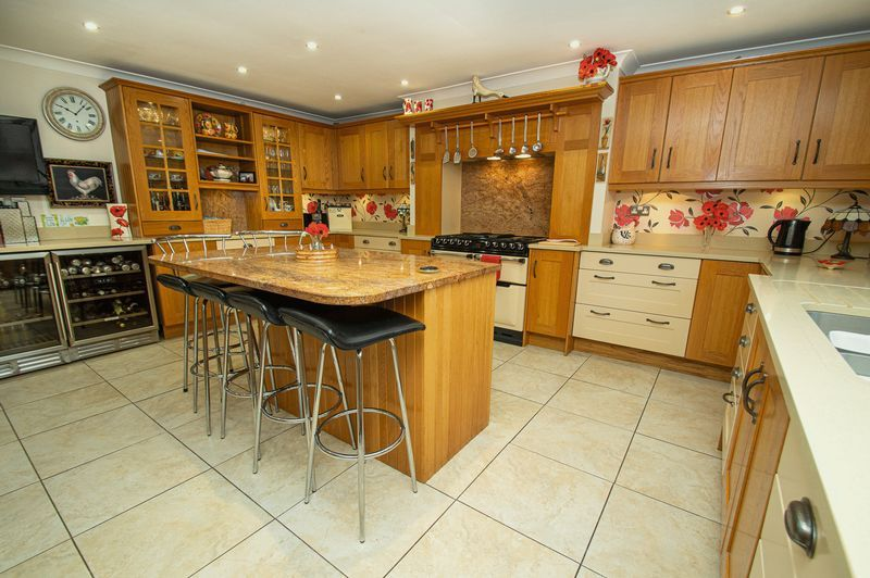 4 bed house for sale in Hither Green Lane 7