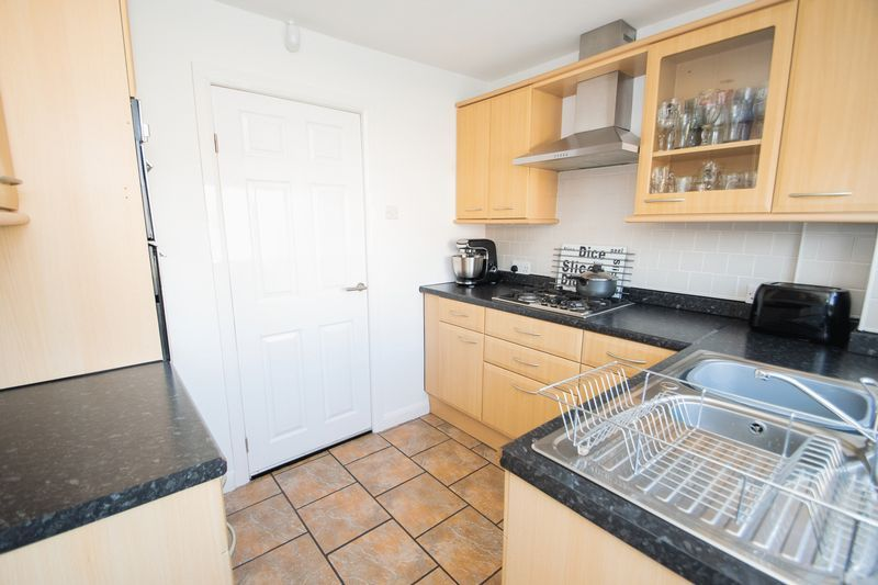 3 bed house for sale in Stamford Road 7