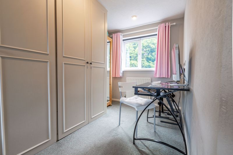 5 bed house for sale in Cottage Lane  - Property Image 19