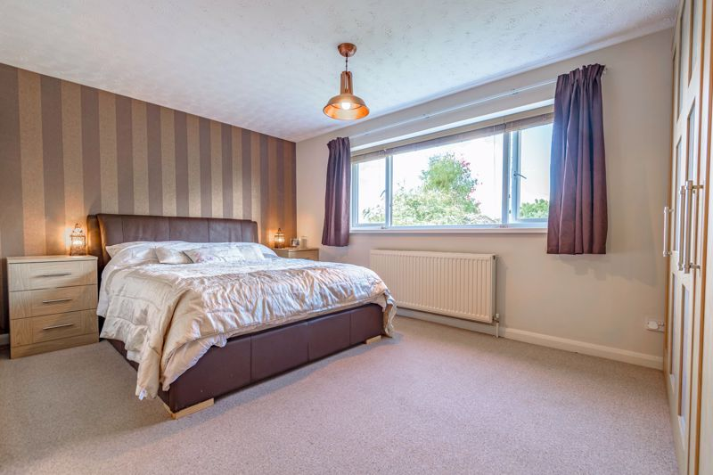 5 bed house for sale in Cottage Lane  - Property Image 8