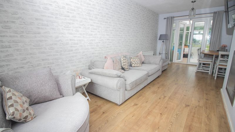 3 bed house for sale in Lockington Croft 3