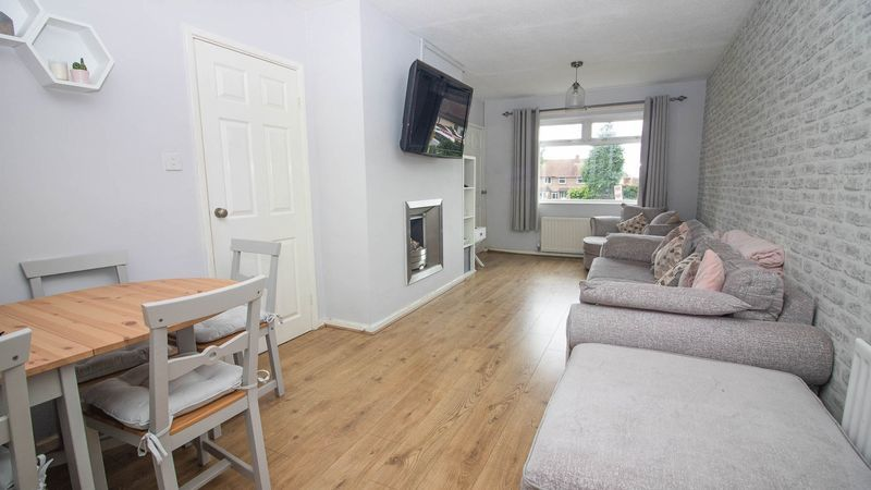 3 bed house for sale in Lockington Croft 4