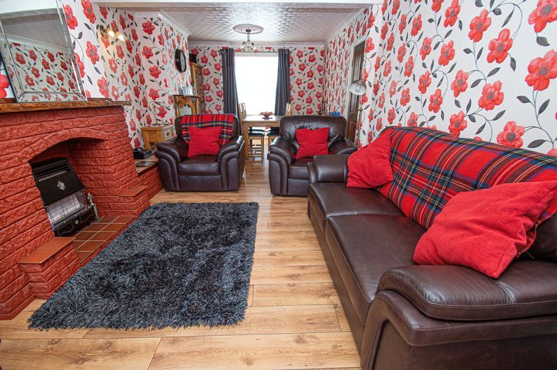 3 bed house for sale in Cradley Road 2