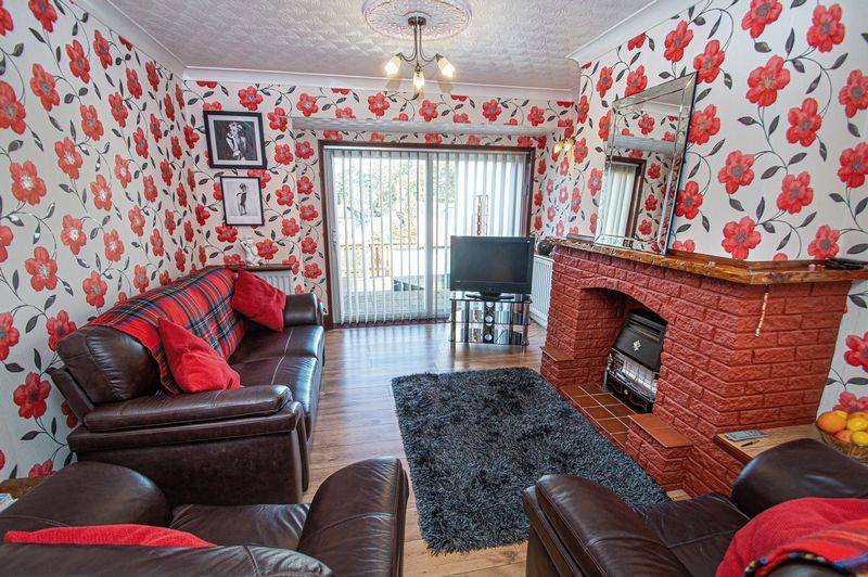 3 bed house for sale in Cradley Road  - Property Image 3