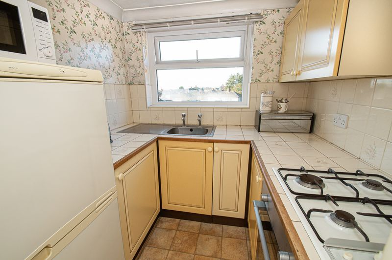 3 bed house for sale in Cradley Road 5