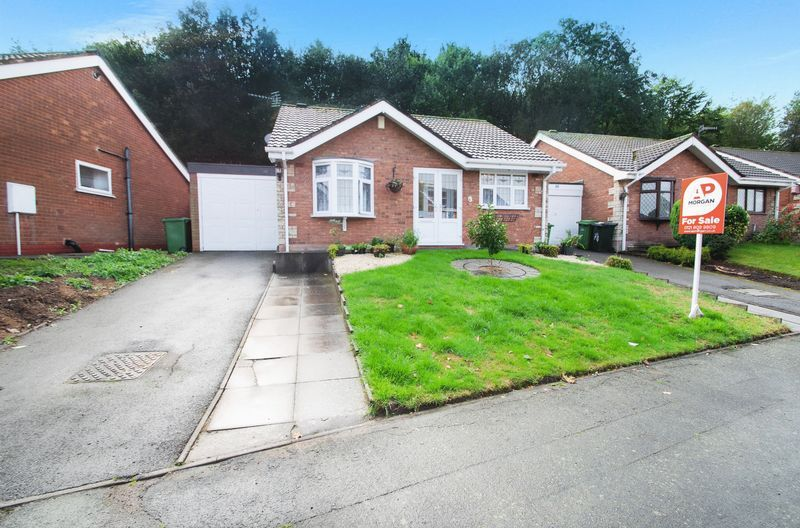 2 bed bungalow for sale in Apperley Way 1
